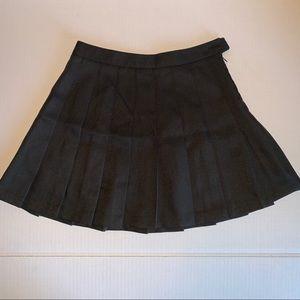 Forever 21 black pleased skirt